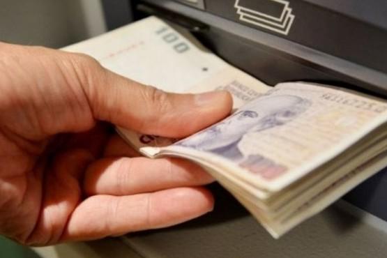 Sucursal del Banco Nación entregó dinero de más por error