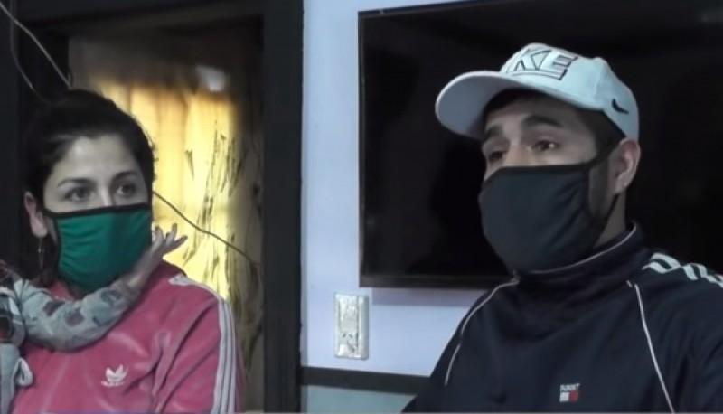 La pareja teme por su seguridad tras el altercado con el vecino.