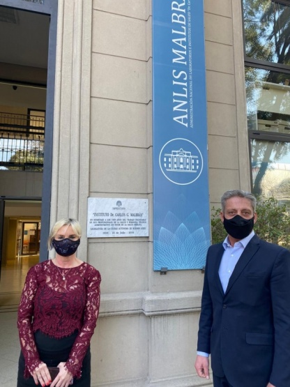 Arcioni se reunió con autoridades y científicos del Instituto Malbrán