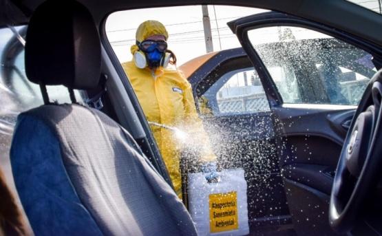 Municipio desinfectó taxis y remises