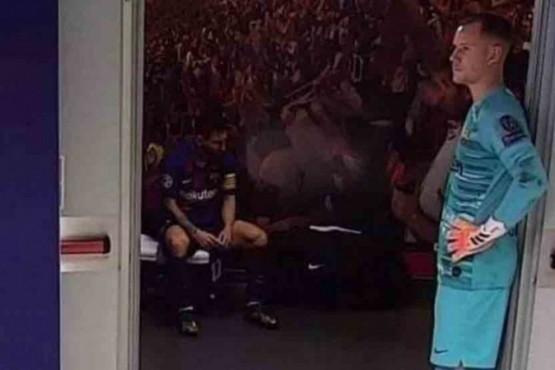 La foto de Messi abatido que se viralizó tras la derrota de Barcelona
