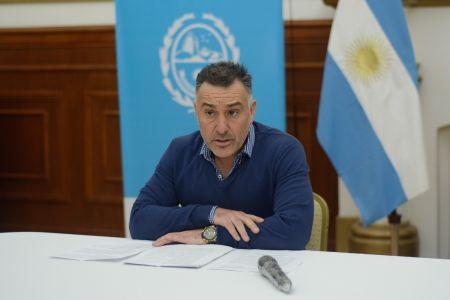"""Álvarez: """"La reapertura de los comercios tendrá que ver con nuestros comportamientos"""""""