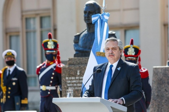 El Presidente formuló un llamado a los argentinos a seguir el ejemplo del General San Martín