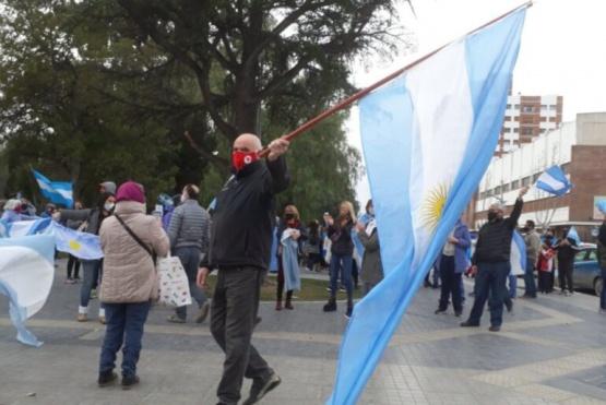 En Trelew también se manifestaron contra el Gobierno Nacional
