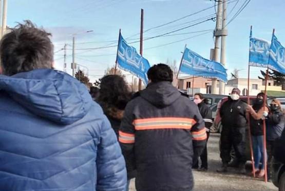 Los agentes municipales se presentaron en el Deliberante a la espera de la paritaria que finalmente no fue.