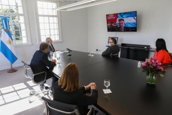 El Presidente se reunió con los directivos de Nissan