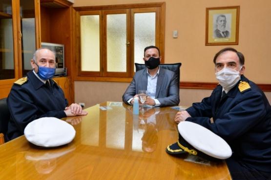 Visita protocolar al municipio de autoridades de la Armada Argentina