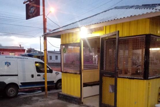 Cerraron la parada de Taxis Islas Malvinas