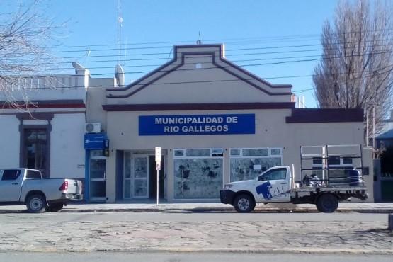 Frente del palacio comunal. (Foto: C.Robledo).
