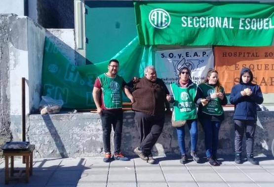 Trabajadores de Salud afiliados a ATE Esquel sostienen sus reclamos