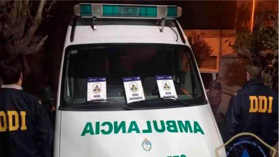 Se hicieron pasar por médicos y vendían cocaína en una ambulancia