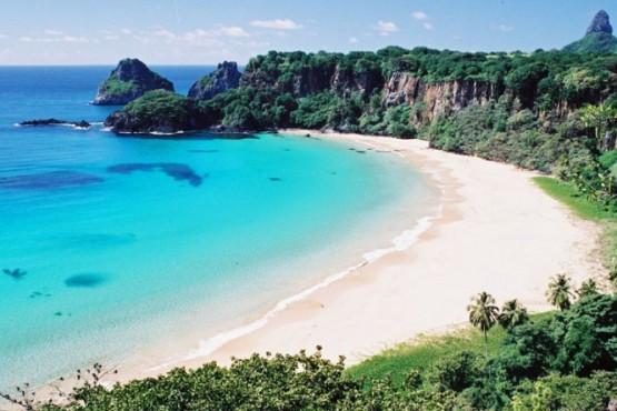 Isla paradisíaca reabre sus fronteras sólo para recuperados de Covid-19