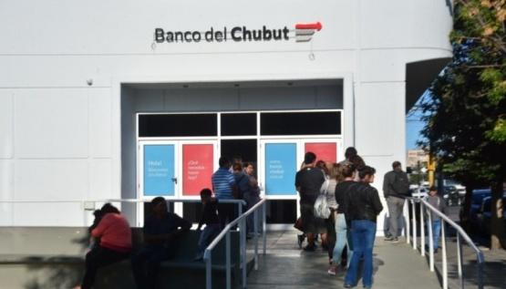 Desinfección en sucursal centro del Banco del Chubut