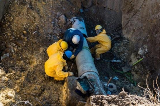 Nuevo corte de agua en Caleta Olivia para reparar 2 caños