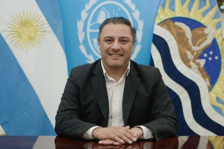 El Ministro, Teodoro Camino.