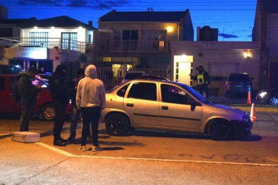 Control en la Costanera: detuvieron a joven de 21 años con droga y una balanza en su auto