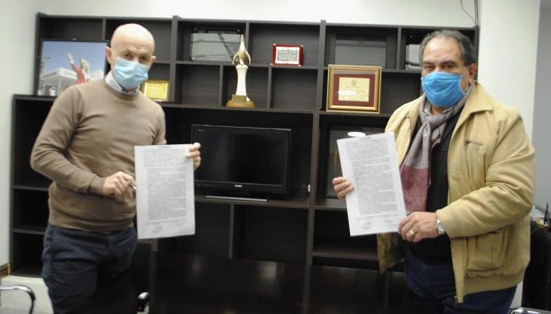 Cotillo y Carrizo firmaron un acta acuerdo para las recategorizaciones municipales