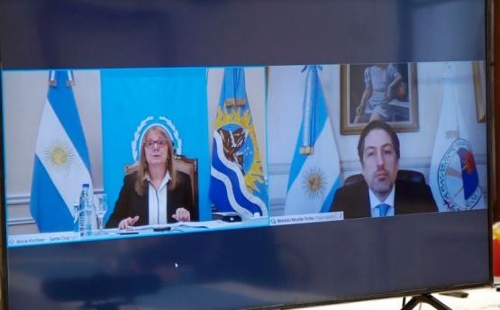 Alicia y el Ministro de Educación.