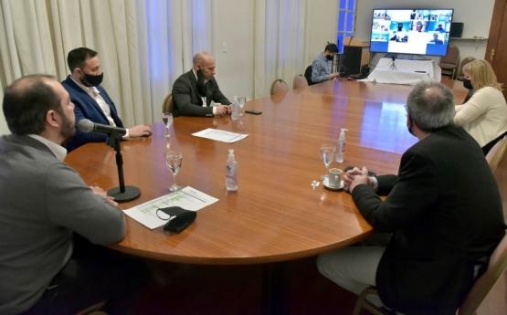 El Comité de Emergencia mantuvo una videoconferencia con Intendentes