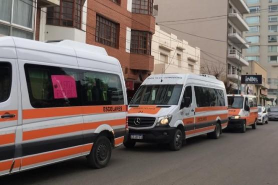 En Comodoro también marcharon 130 transportistas escolares