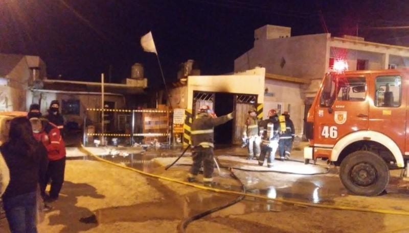 Bomberos controlaron importante incendio