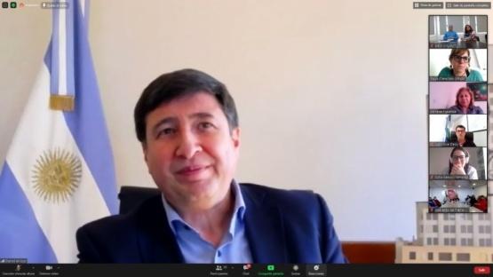 Hermida mantuvo una videoconferencia con el Ministro Arroyo