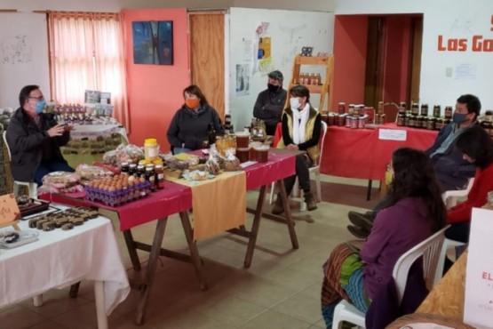 Reunión con productores del Mercado Rural Las Golondrinas