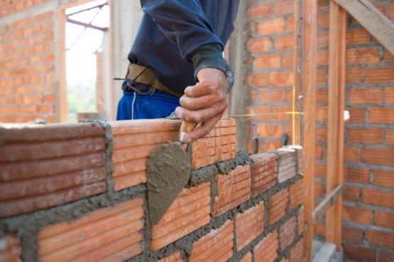 Alberto Fernández anunciará hoy el plan Precios Cuidados para la Construcción.