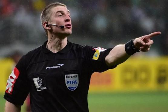 El árbitro del partido entre Racing-Nacional se contagió de coronavirus