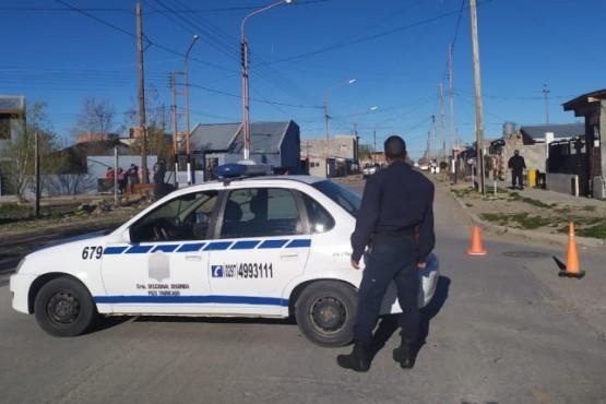 La policía investiga un homicidio y hay dos mujeres detenidas
