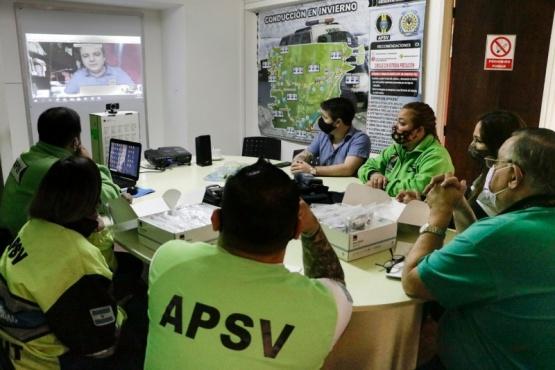 Capacitan al personal de la APSV para la utilización de los narcotest