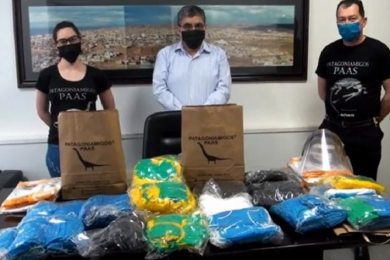 Patagonia Amigos donó 2.000 tapabocas al Municipio de Caleta Olivia