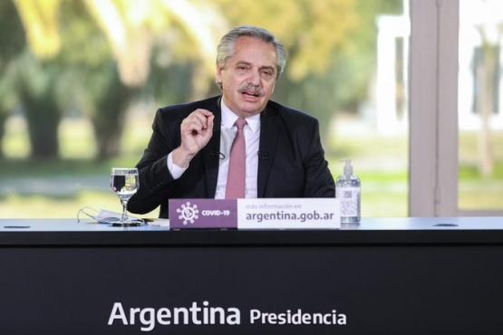Alberto Fernández presenta programa Acompañar