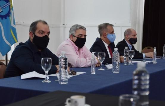 Reunión de gabinete tras el encuentro con Nación