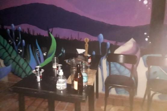Clausuraron un bar de Palermo donde había más de 118 personas