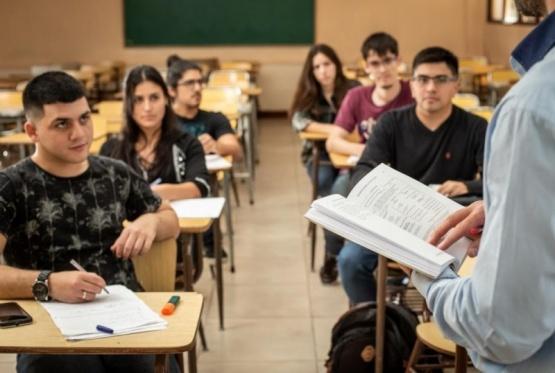 PAE lanza nueva convocatoria a becas para estudiantes de Chubut y Santa Cruz