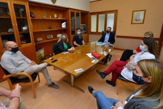 Maderna se reunió con autoridades del Hospital por el aumento de casos