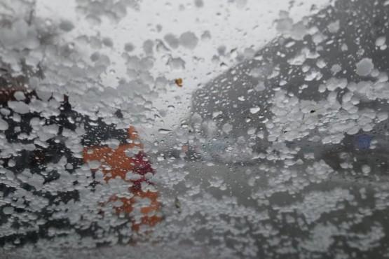 Viento, granizo y nieve primaveral en Río Gallegos
