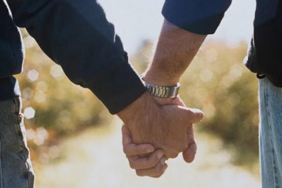 Atacaron a palazos a una pareja gay que se besaba en Palermo