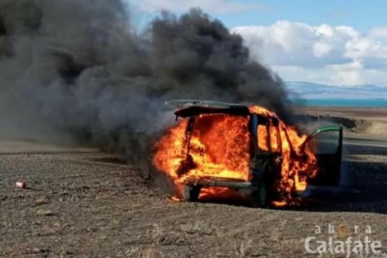 Se incendió un vehículo utilitario