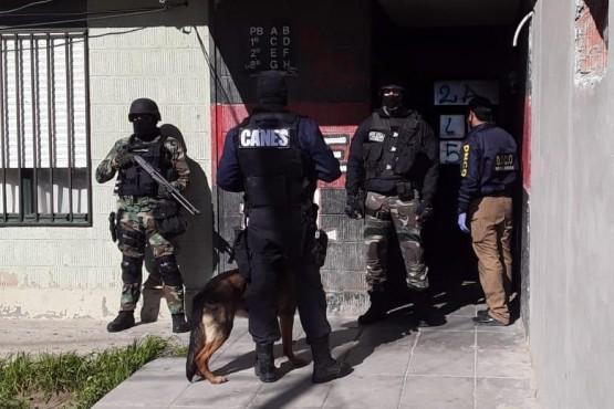 Secuestraron drogas tras allanamiento