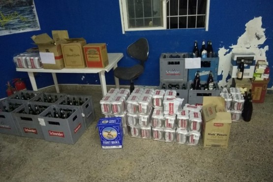 Secuestraron 550 litros de bebidas