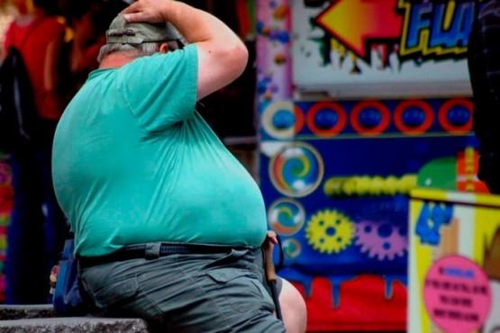 Gobierno no considera a todas las personas obesas como grupo de riesgo