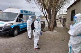 Agentes sanitarios visitan puerta a puerta el Barrio Germán Vidal