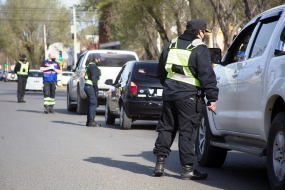 Operativo de control policial en Río Gallegos (Foto: C.Robledo).