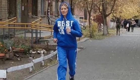 Nadezhda Medvédeva, la anciana que corre maratones a sus 73 años