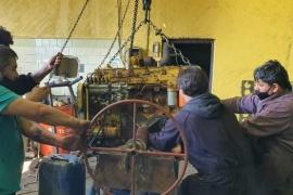 Municipales recuperan maquinas y vehículos que llevaban años parados