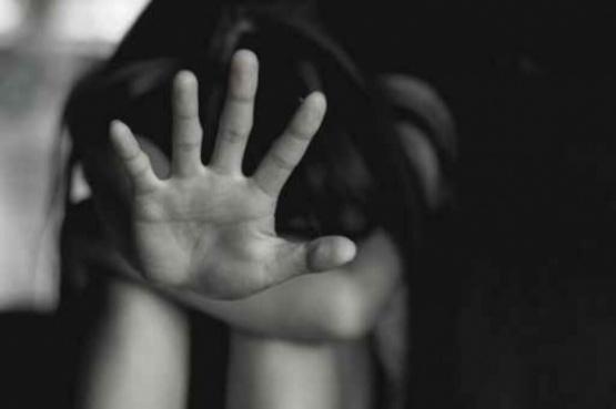 Le dieron 18 años de cárcel por abusar de las hijas de su pareja