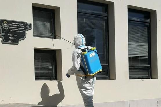 Bomberos Voluntarios desinfectaron las oficinas del Registro Civil