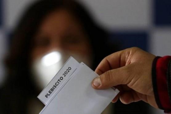 Chilenos en Argentina serán exceptuados del aislamiento este domingo